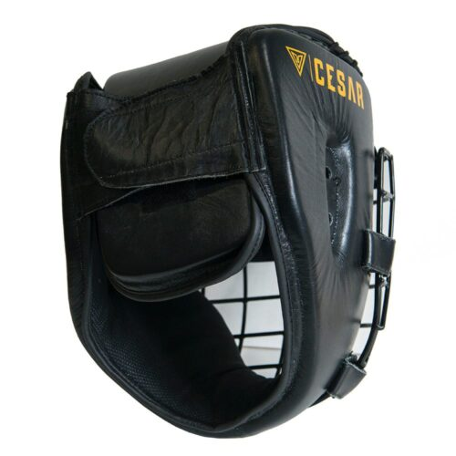 vista trasera de un casco de bricpol de competición