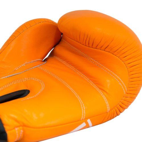 guante de boxeo victory naranja detalle manos costuras